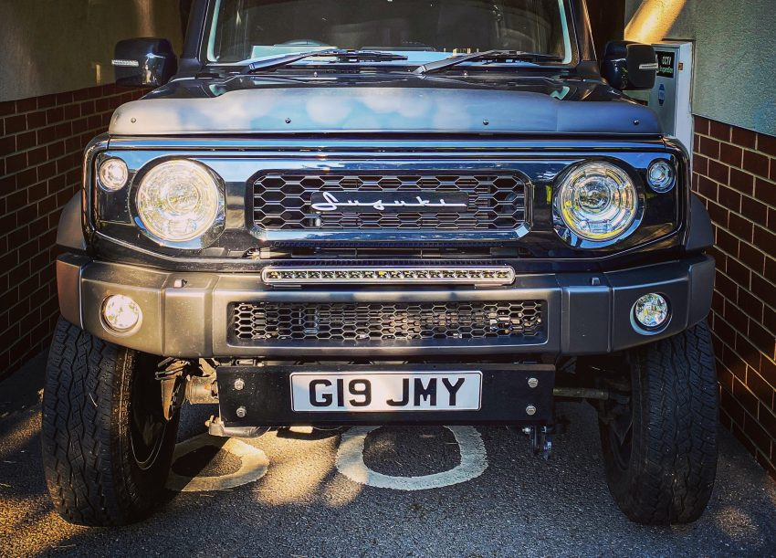 LED Light bar on JB74 Jimny